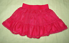 Jupe rose fuchsia, sans marque, taille : 98/104 (3-4 ans)
