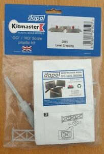 Kitmaster OO/HO Level Crossing C015 New & Sealed