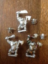 Warhammer. Orcs And Goblins. Black Orcs With 2 Hand Weapons (b). Metal.