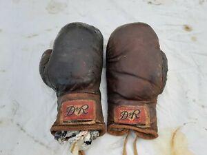 Paire de Gants de Boxe Cuir Année 40 D R