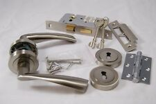 Designer Verto Door Handle Pack(Int 3 lever Lock)-Hinge