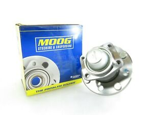 NEW MOOG Wheel Bearing & Hub Assembly Rear 512317 Suzuki Chevrolet 2004-2008