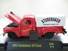 M2 MACHINES - AUTO-TRUCKS - 1952 STUDEBAKER 2R PICKUP TRUCK / CAP - 1/64 DIECAST