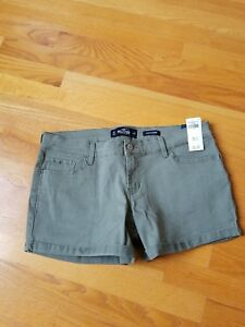 NWT Hollister Low Rise Twill Midi Shorts Size 9,11 or 13 Olive