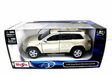 MAISTO 2011 JEEP CHEROKEE LAREDO GOLD 1/24 DIECAST CAR 31205