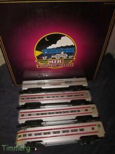 MTH 20-6023 Santa Fe Red Stripe  4-Car 60' Aluminum Pass Set  Lionel Copy #SS