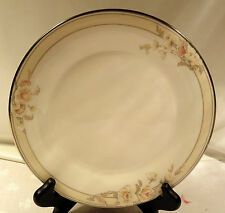 """Royal Doulton The Vogue Collection Fascination Pattern No TC1155 8"""" Salad Plate"""