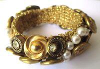 bracelet extensible bijou vintage couleur vieil or pièces perles boutons 623