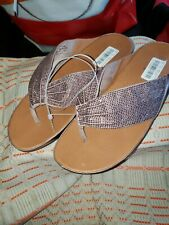 Fitflop Twiss Crystal Oyster Pink Flip Flop Sandal Women's sizes 11/NEW!