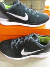 Zapatillas deportivas de mujer de color principal negro talla 37.5