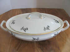 Rosenthal Selb Bavaria-Scattered Gray/Black Tulips-Covered Vegetable Notched Lid