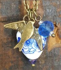 CHRISTMAS GIFT NECKLACE VINTAGE HEART BIRD CHARM MOM SISTER FRIEND WIFE GIFT NEW