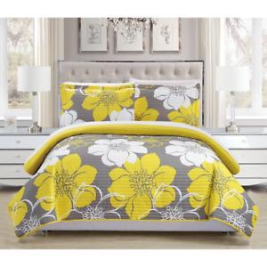 Yellow Reversible 7-Piece Bed in a Bag Quilt Set bedroom blanket