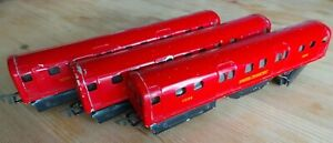 Ever Ready Vintage OO London Underground Train Set Incomplete for Spares Repairs