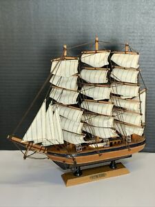 Heritage Mint Nautical Collection Flying Cloud Clipper Ship Wooden Model 13""