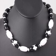 FASHION LARGE BLACK & WHITE BEADS STAND CHAIN NECKLACE COSTUME 4447B