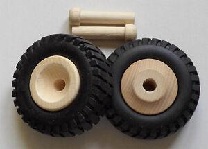 2  Holzräder mit Profilgummi  Truck Reifen klein, #3560
