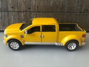Ford Mighty F350 Super Duty Pickup, Yellow – Maisto 1/31 Scale Diecast