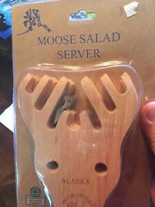 Alaska Wooden Moose Antler Salad & Pasta Server 2 Piece Set NIP EDGEY
