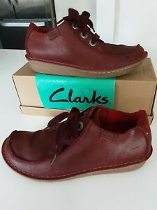 """Clarks """"Funny Dream""""  Red Oxblood Waxed Leather Lace Up Casual Shoes size 6.5 D"""