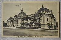 """CPA """" PARIS - Le Petit Palais"""