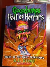 Goosebumps Hall of Horrors Ser.: Night of the Giant Everything by R. L. Stine (…