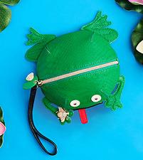 Betsey Johnson KITSCH MR UNFROGGETABLE WRISTLET Handbag FROG Retractable Tongue