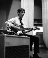 George Harrison UNSIGNED photograph - L5175 - The Beatles - NEW IMAGE!!!!
