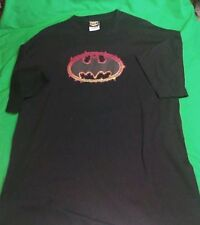 Batman Flaming Logo Very unique T-shirt XL Warner Brothers NEW Never worn Gotham