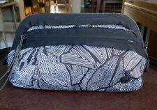 Lululemon Travel Bag toiletry Make Up Storage Brushes