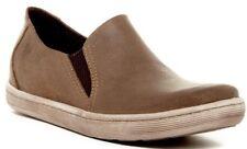 NIB Born Men's Genuine Suede Navarro Slip On Sneaker Shoe TAN Brown Sz 11.5