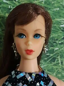 MIDGE BARBIE VINTAGE 1970 reddish brown hair + lashes OOAK GOWN VGC see pics