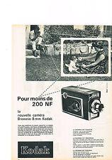 PUBLICITE ADVERTISING   1961   KODAK     caméra BROWNIE 8mm