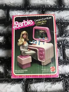 1978 Barbie Dream Furniture Collection Vanity And Seat  New