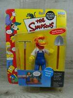 Playmates The Simpsons World Of Springfield GroundsKeeper Willie Action Figure