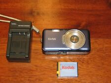 KODAK Digital Camera V1003 EASYSHARE Camera W/ Battery & Power Supply