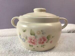 Pfaltzgraff Tea Rose Bean Pot Lidded ring handles OH3340