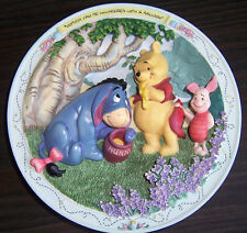 RARE 1996 Winne the Pooh 3D plate NOBODY CAN BE UNCHEERED w/a BALLOON friends >B