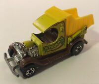 Vintage 1977 Hot Wheels Yellow A Truckin' Dump Truck w/ Yellow Dump NICE RARE