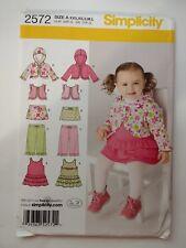 Simplicity 2572 Size xxs-l Babies Jumper Skirt Pants Hoodie Vest