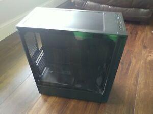 Lian Li Lancool 205 computer case Black.