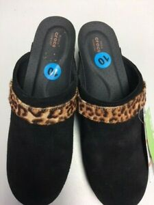 Crocs Clogs  women's shoes black animal print NWT size 10