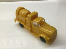 Marx toy cement construction truck redimix embossed details?