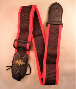 1RotoSound Guitar Strap with Leather Ends for Electric/Guitar/Bass (Red Stripe).
