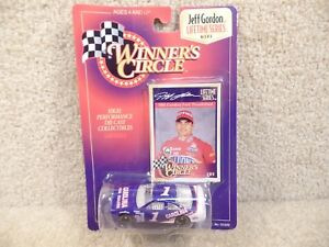 New 1997 Winners Circle 1:64 Diecast NASCAR Jeff Gordon Carolina Ford T Bird #1