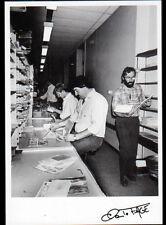 FIGEAC (46) FACTEUR Rural TRI du COURRIER au BUREAU de POSTE 1988 / FAGE 88.132