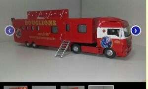1/50 Tracteur MAN et semi CAISSE du cirque BOUGLIONE vendu monté