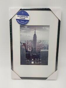 Henzo Manhattan Bilderrahmen 20x30 cm / 13x18cm mit Passepartout, Aluminium Grau