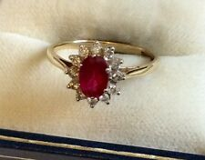 Beautiful Ladies Hallmarked Vintage 9ct Gold Red Topaz & Diamond Cluster Ring