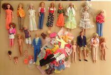 Barbie Konvolut 70 er 80 er ??  Puppen ca. 100 Teile  Kleidung etc.  Vintage